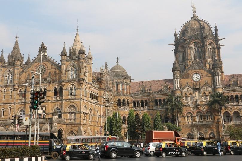 Mumbai_VictoriaStation_4