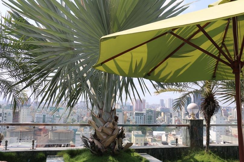 Ho_Chi_Minh_City_Edenstar_Hotel_2_thebraidedgirl