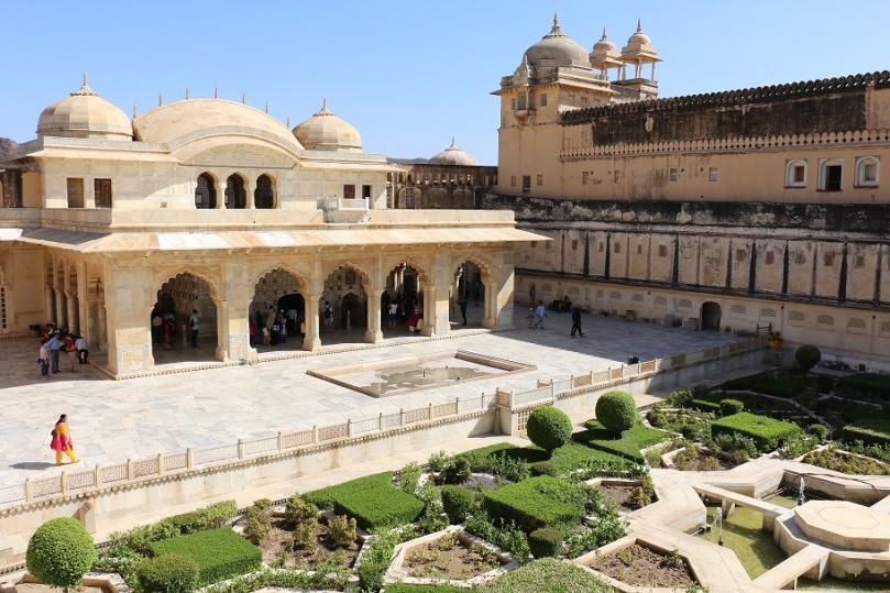 Jaipur_Amber_Fort_6_thebraidedgirl