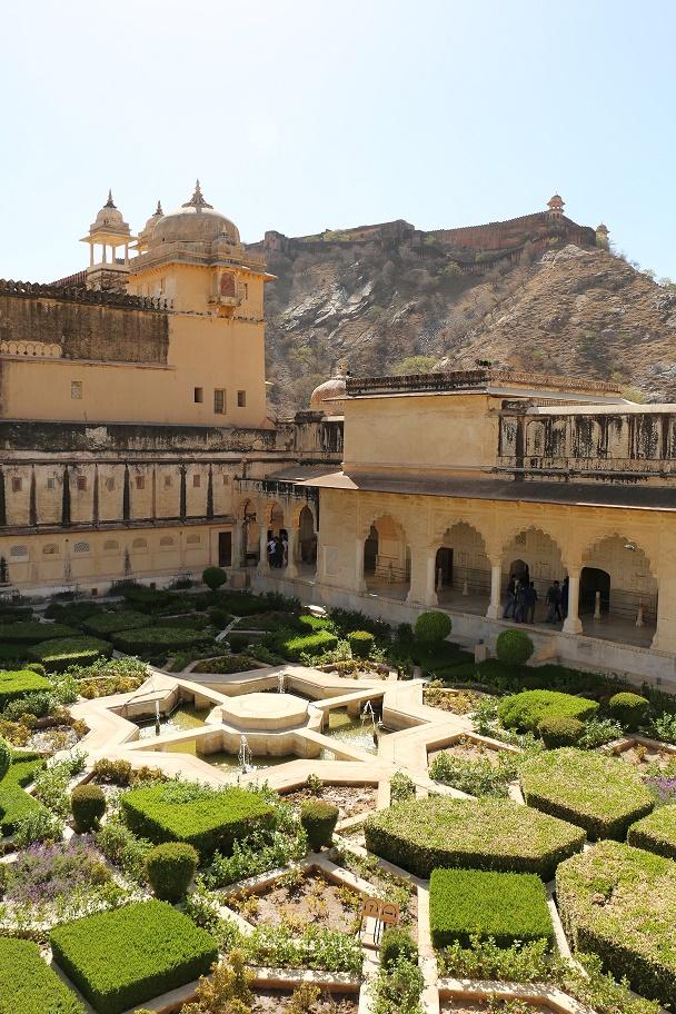 Jaipur_Amber_Fort_7_thebraidedgirl