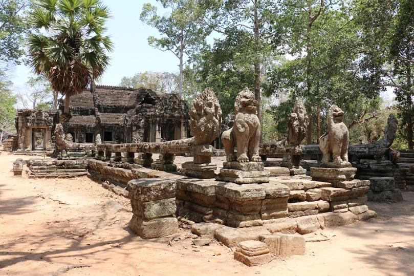 Angkor_Banteay_Kdei_2_thebraidedgirl