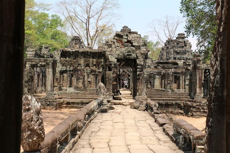 Angkor_Banteay_Kdei_7_thebraidedgirl