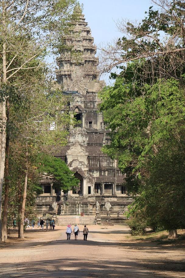 Angkor_Wat_17_thebraidedgirl