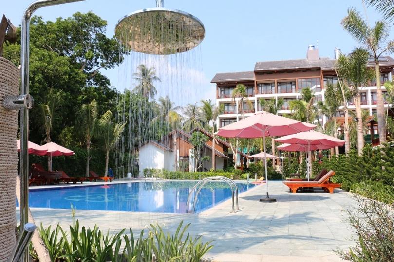Phu_Quoc_Tropicana_Resort_3_thebraidedgirl