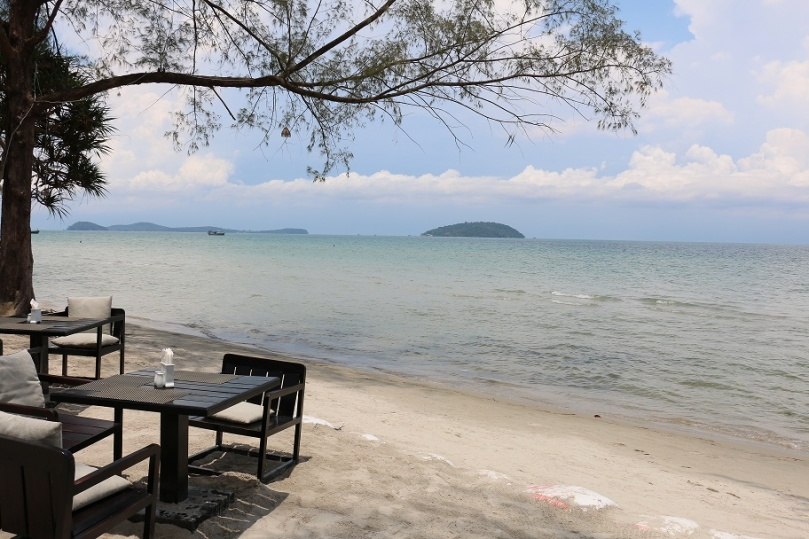 Sihanoukville_Otres_Beach_Two_Mary_Beach_Hotel_10_thebraidedgirl