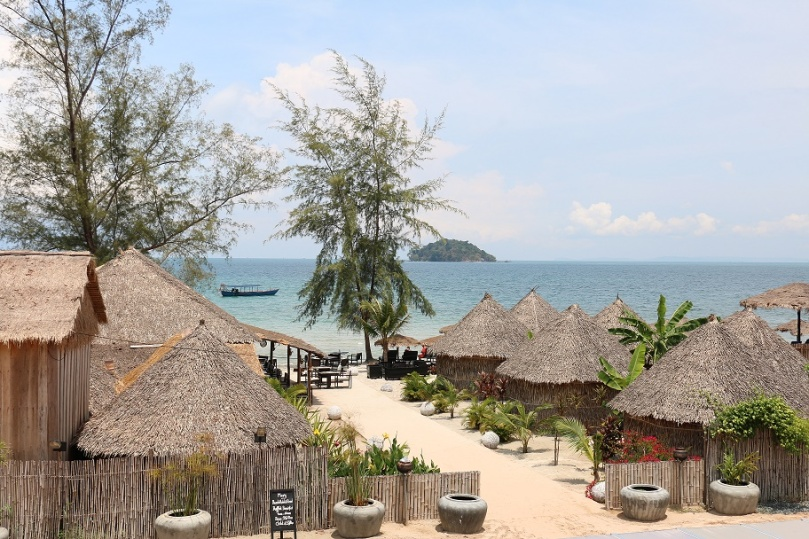 Sihanoukville_Otres_Beach_Two_Mary_Beach_Hotel_2_thebraidedgirl
