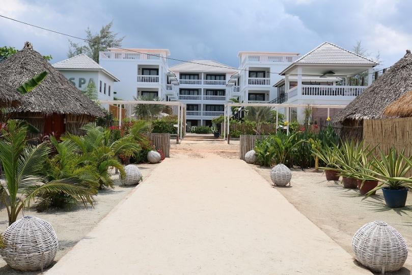 Sihanoukville_Otres_Beach_Two_Mary_Beach_Hotel_3_thebraidedgirl