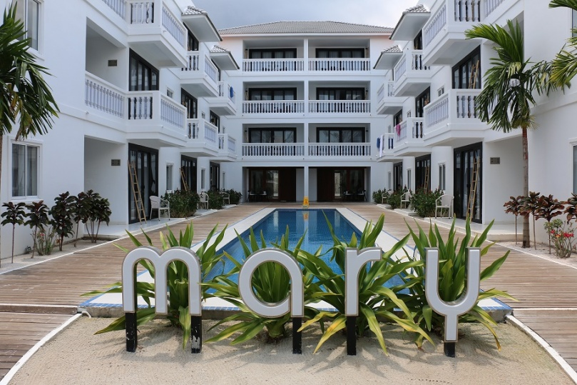 Sihanoukville_Otres_Beach_Two_Mary_Beach_Hotel_thebraidedgirl