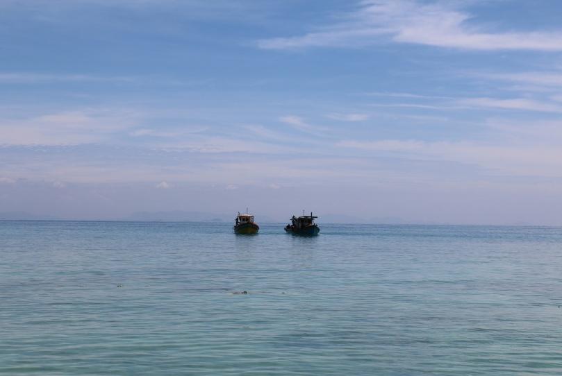 Pulau_Perhentian_Kecil_Coral_Beach_7_thebraidedgirl